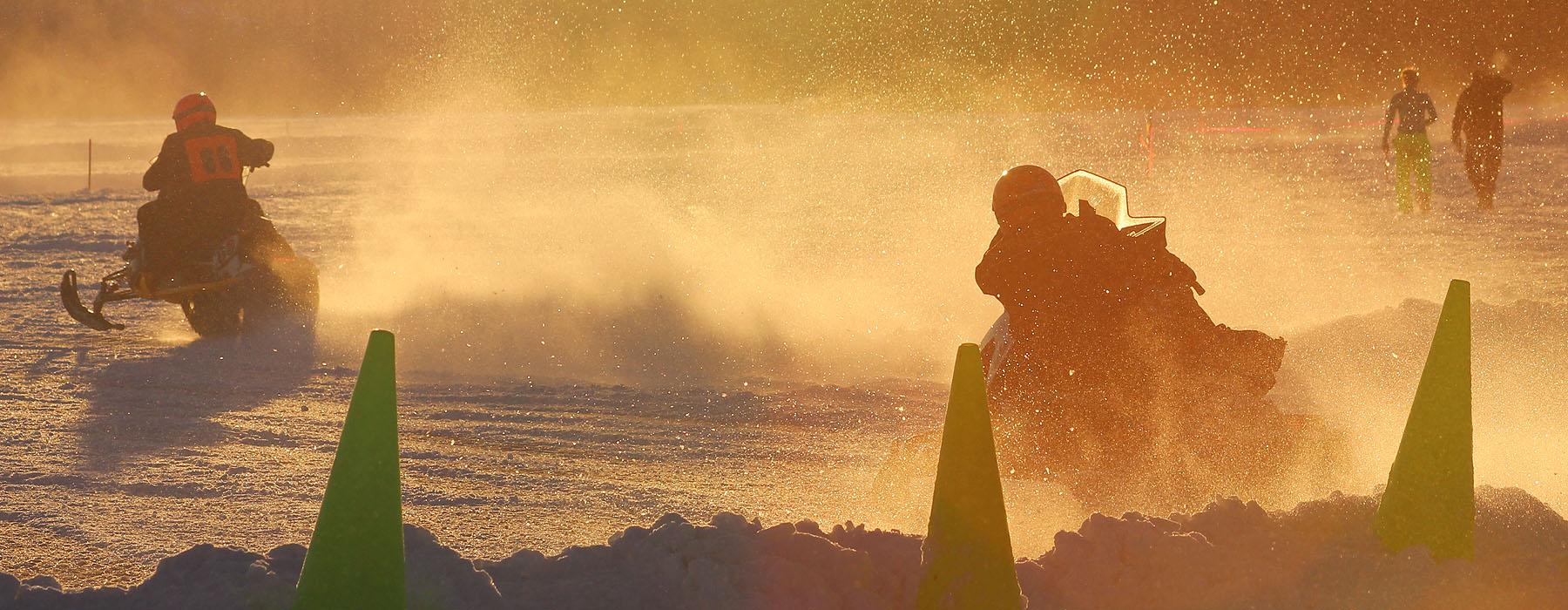 AMMC-Racing-by-Snowmachine-Racing-by-Roberta-Sampson-1